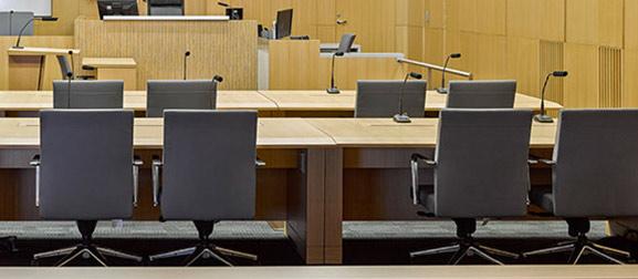 Dolmetschanlagen im Gerichtssaal